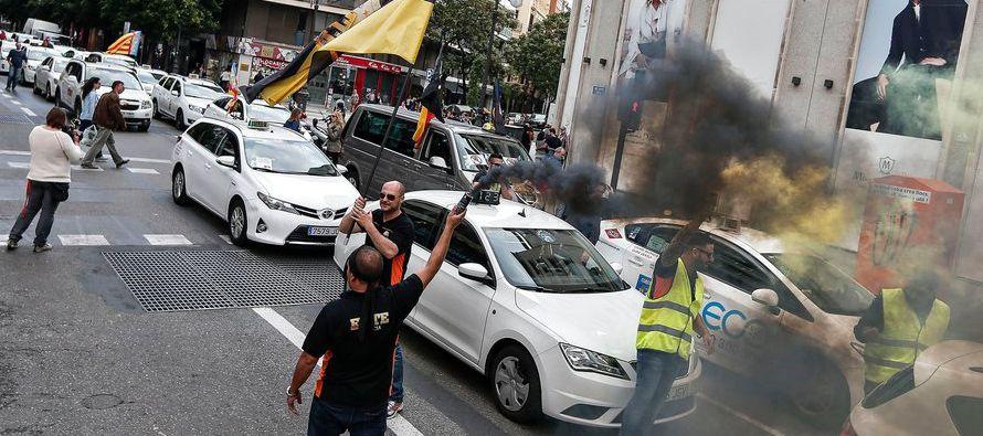 El dictamen representa un golpe mas no una derrota para Uber en su continua batalla en Europa, una...