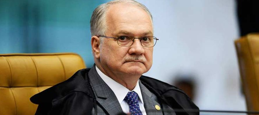 Según Joesley Batista, Temer compró el silencio de Cunha, preso y condenado a 15 años por...