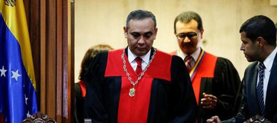 Las sanciones económicas son contra los siete magistrados de la Sala Constitucional -que han...
