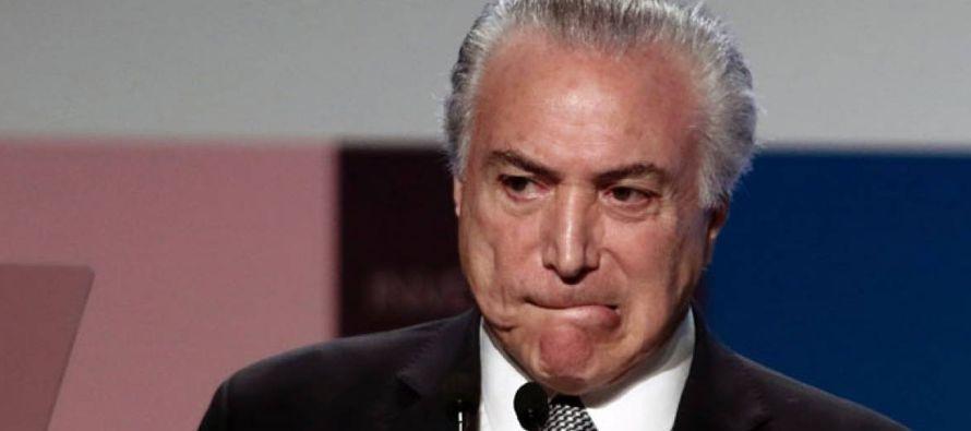 Los ejecutivos acusados de corrupción dijeron que el expresidente Lula -quien ya enfrenta cinco...