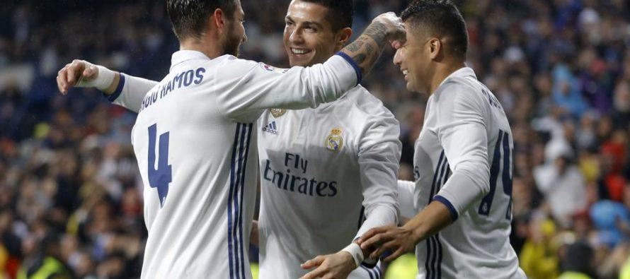 Real Madrid gana la liga española por primera vez desde la temporada 2011-12