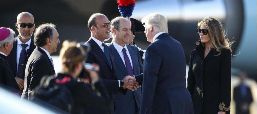 El talante agresivo del presidente de EU se materializó en un empujón a su homólogo de Montenegro...