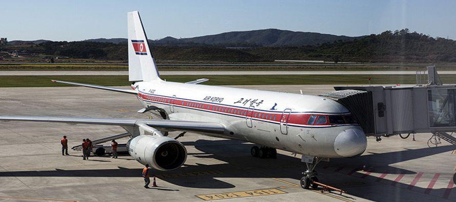 La aeronave acababa de alcanzar los 9,200 metros de altitud y se disponía a entrar al espacio aéreo...
