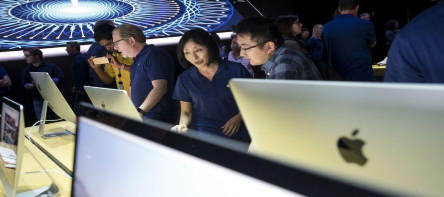 Las acciones de empresas tecnológicas cayeron bajo fuerte presión el viernes. El sector de...