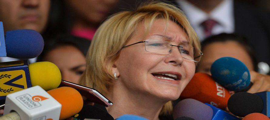 La primera prueba de que la fiscal, una antigua aliada del proceso bolivariano, y la MUD acercan...