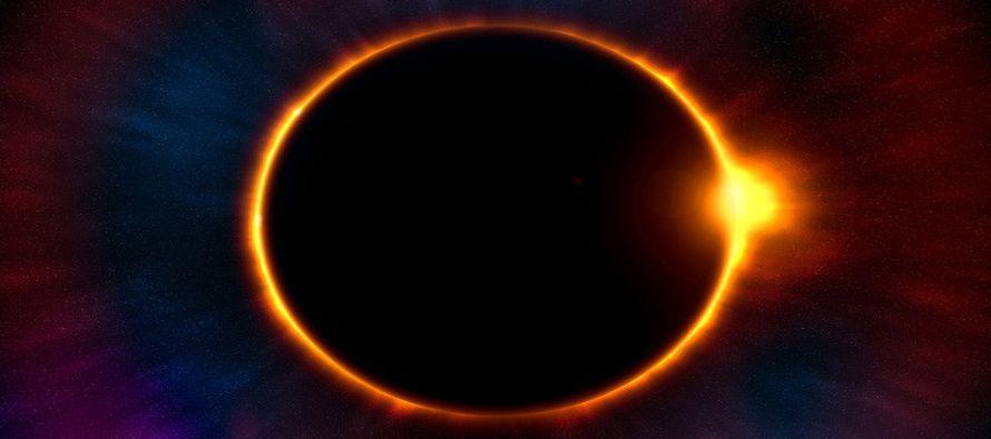 El eclipse solar total atravesará EU de costa a costa pasando por 12 estados. Esto ha provocado...