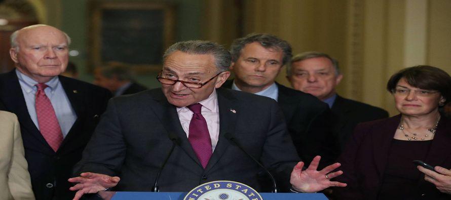 Los senadores aprobaron la mano dura contra Rusia como una enmienda a un proyecto de ley que se...