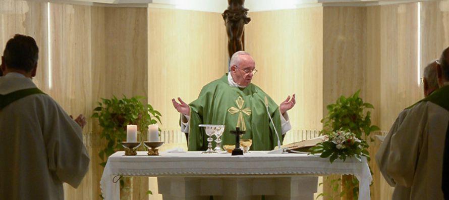 """Así el apóstol Pablo con este planteo, nos lleva a un diálogo """"entre el tesoro y la..."""