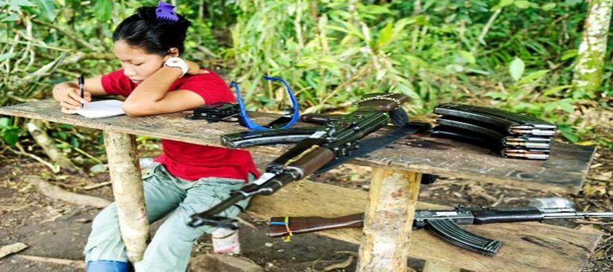 Pese a los sucesivos aplazamientos, las FARC siguen avanzando hacia la senda política como medio...