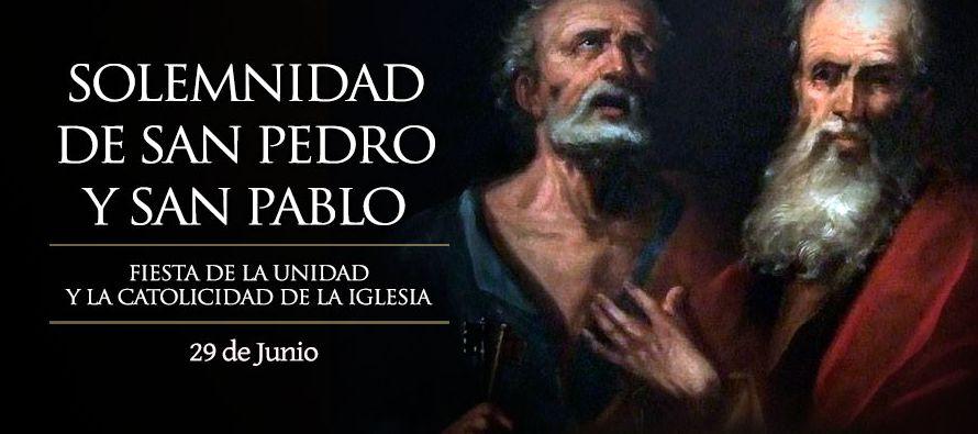 El evangelista Lucas, al dividir su obra en dos partes – Evangelio y Hechos de los Apóstoles, y...