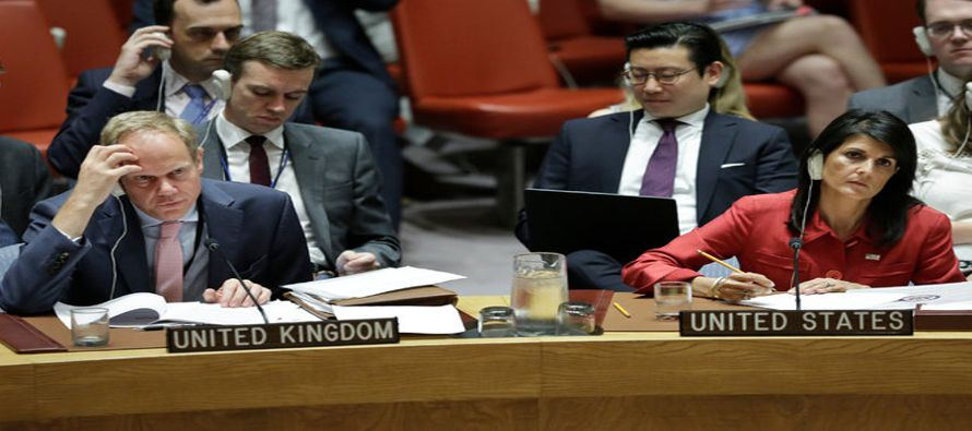 El documento, llamado Tratado sobre la Prohibición de las Armas Nucleares, se aprobó...