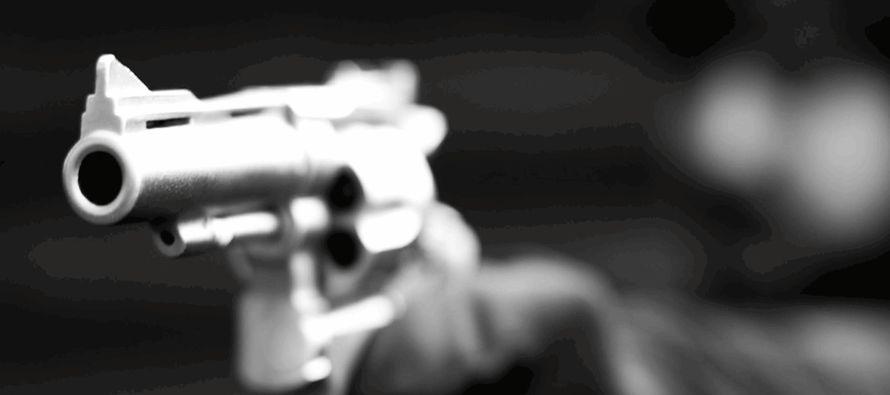 En los primeros cinco meses de 2017 hubo en México 9916 asesinatos, un aumento que ronda el...