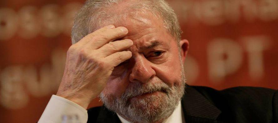 Sus muchos partidarios apuntan que Lula todavía puede recurrir a una segunda instancia....