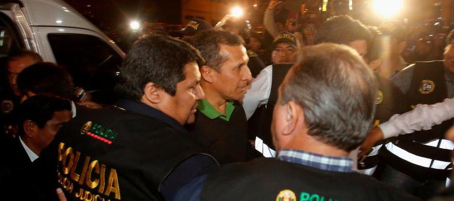 Un juez peruano ordenó el arresto de Humala -un militar retirado que gobernó entre...