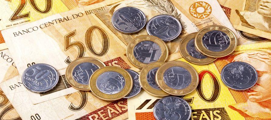 Una serie de mediciones económicas publicadas este mes han mostrado tendencias divergentes,...
