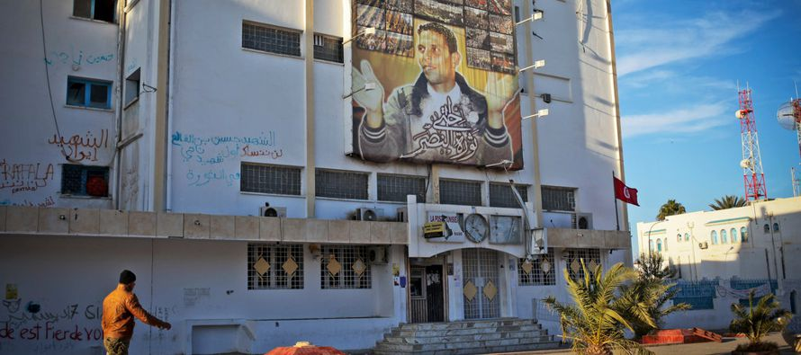 Túnez ha avanzado más que cualquier otro país de la región hacia la...