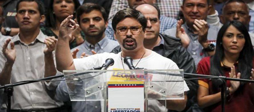 La oposición venezolana prepara un nuevo gobierno para cuando se vaya Maduro