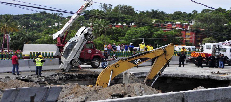 El suceso indignó a todo México por las probables negligencias que iban desde la...