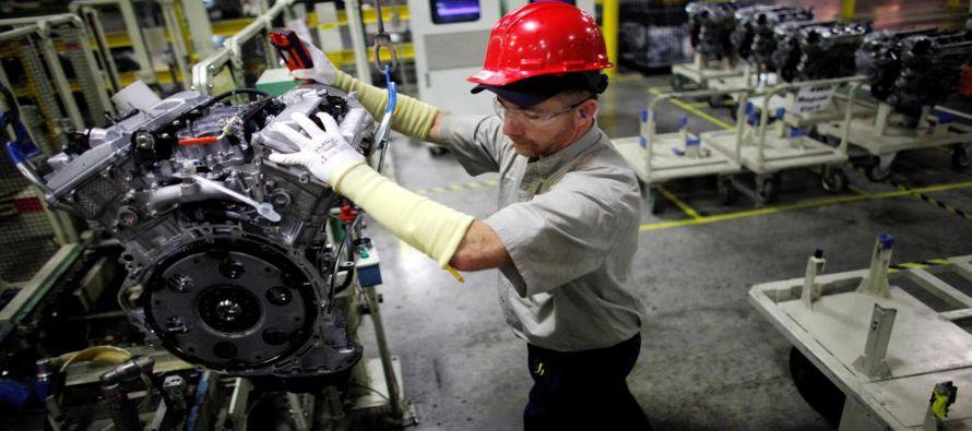 Toyota Motor Corp estudiará producir un vehículo deportivo utilitario en una planta...