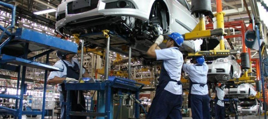 Mientras, para los sindicatos y organizaciones civiles la robotización llevará al...