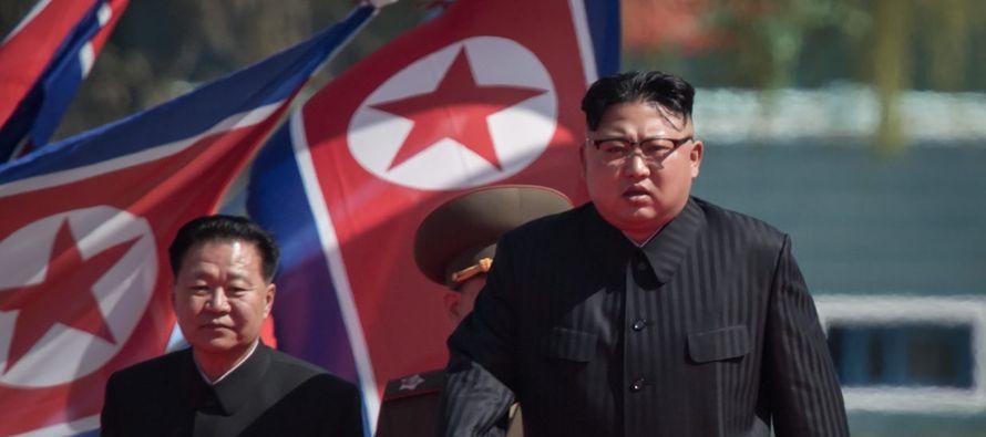 El protocolo norcoreano no permite que Kim Jong Un, el actual jefe de filas norcoreano, disponga de...