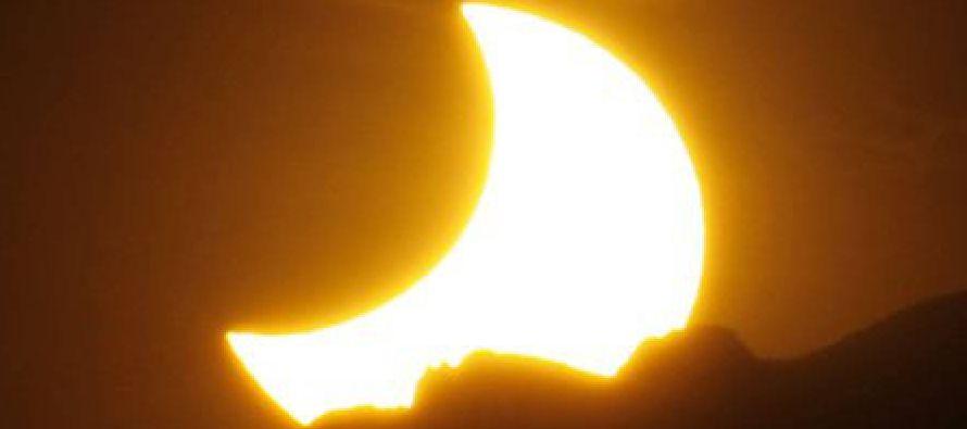 No te lo pierdas. México no volverá a ver un eclipse solar hasta 2024. Baja...