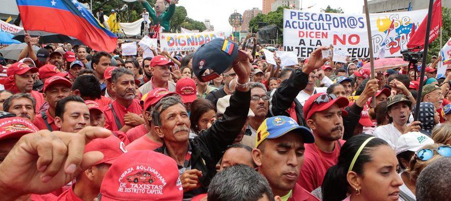 Los líderes latinoamericanos también respondieron a esa amenaza. Juan Manuel Santos,...