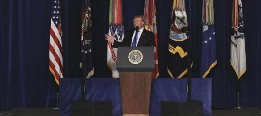 Trump ofreció pocos detalles en un discurso el lunes, pero prometió una intensa...