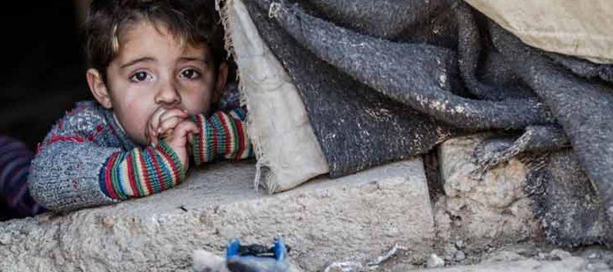 Tras una visita a los campamentos de refugiados de Areesha, Ein Issa y Mabrouka, el representante...