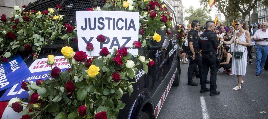 La multitudinaria manifestación que este sábado recorrió las calles de...