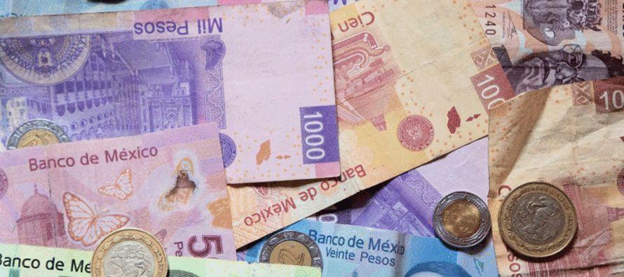 El peso mexicano sufrió una depreciación temporal tras los últimos tuits de...