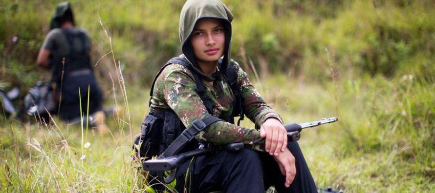 En Colombia se ha firmado un acuerdo de paz que puso fin a casi siete décadas de atroz...