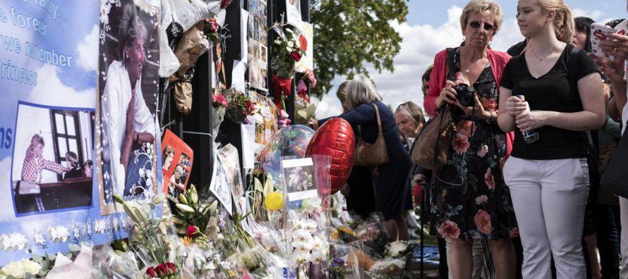 Medio mundo recuerda este jueves la figura de Diana de Gales y lo que supuso para la...