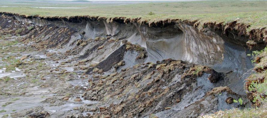 Los científicos están buscando recolectar muestras de los cráteres para...