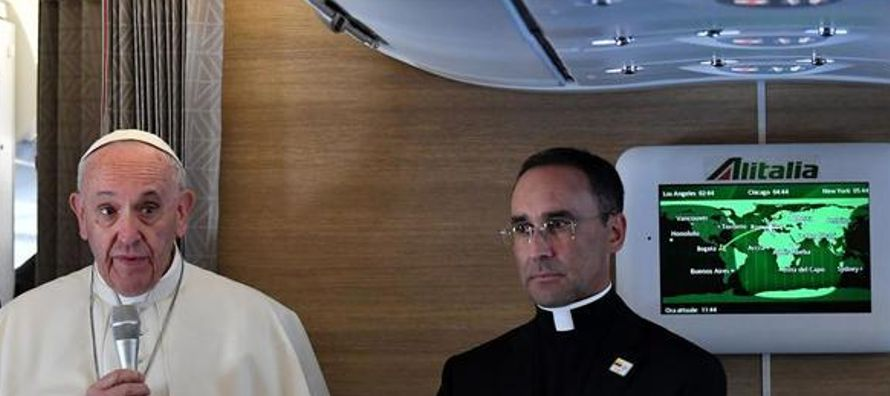 Si bien los jerarcas de la Iglesia intentan por todos los medios convencer de que no hay...