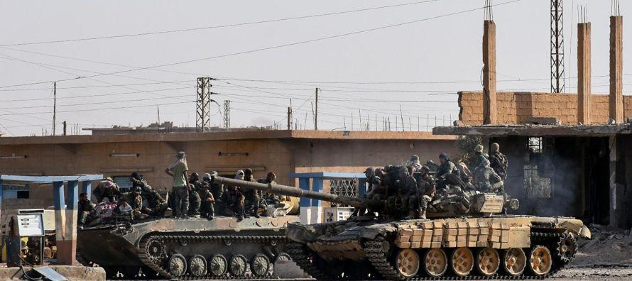 Según reza un comunicado del Ejército sirio, la madrugada de este jueves aviones...