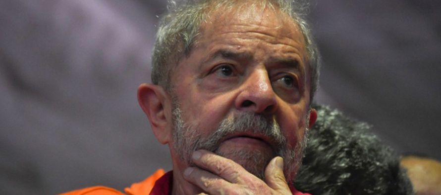 De improcedente e inmoral catalogó hoy la defensa del expresidente brasileño Luiz...