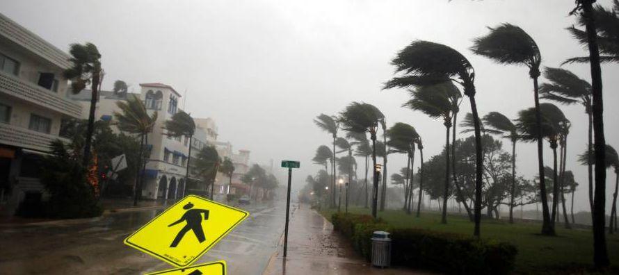 Los muertos por el paso de Irma sumaban al menos 40, 10 fallecidos en Cuba el fin de semana, y...