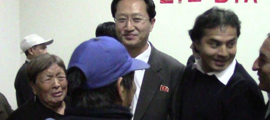 En canciller de Perú, Ricardo Luna, dijo que la expulsión del embajador...