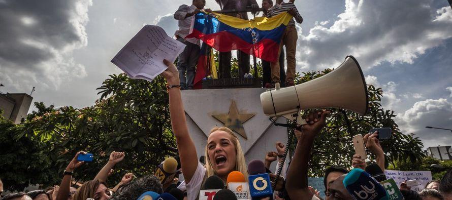 Cuando mi esposo, el líder opositor venezolano y prisionero de conciencia Leopoldo...