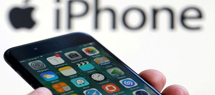 El esperado teléfono iPhone X de Apple tiene una serie de nuevas funciones e innovaciones,...