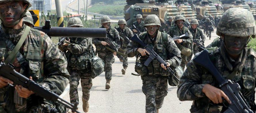 El Ejército ha estado modernizando helicópteros y aviones de transporte para penetrar...