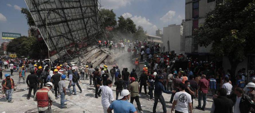 Irreverente sismo paraliza México, la ciudad más poblada de América