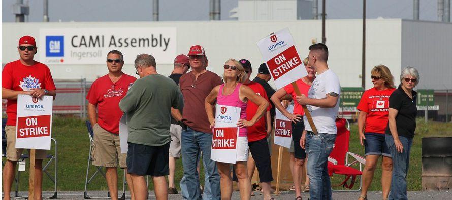 """""""Estos trabajadores están luchando por buenos trabajos. No solo para ellos, sino para..."""