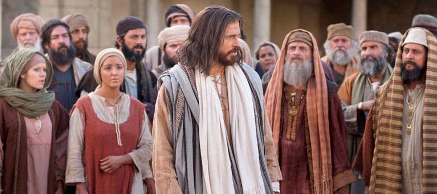 «Ha venido Juan el Bautista, que no comía pan ni bebía vino, y decís:...