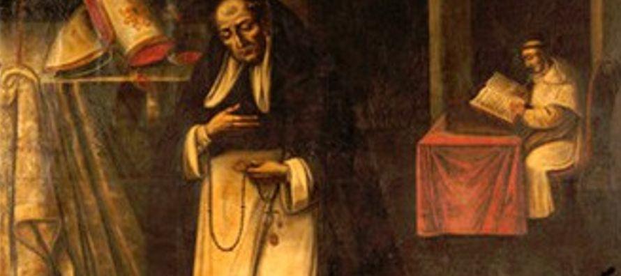 Tras la muerte de su padrastro, Francisco tuvo que volver a casa. Su madre se dedicó a la...