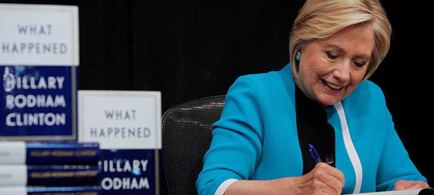Aun así, este último lanzamiento editorial de Clinton no compite con su Living...