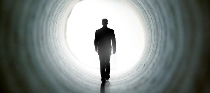 Contamos con dos certezas irrefutables: es absolutamente cierto que habremos de morir, y es...
