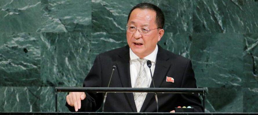 El ministro de Relaciones Exteriores de Corea del Norte, Ri Yong Ho, dijo el sábado en la...
