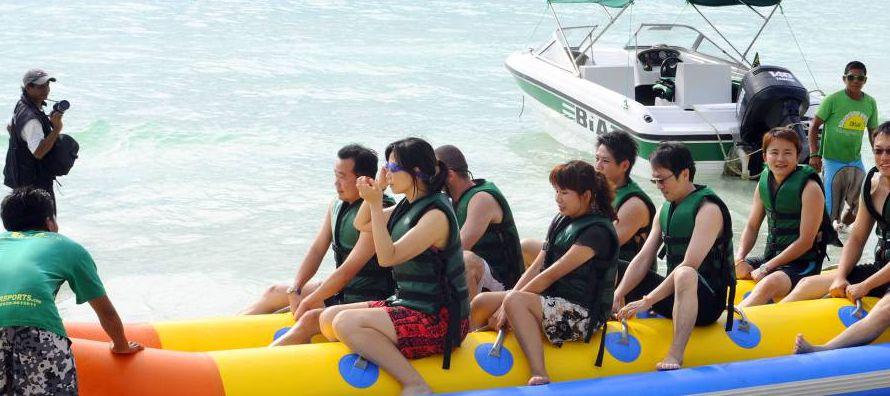 """""""El turismo chino se ha convertido en el principal emisivo del mundo, el de mayor gasto del..."""